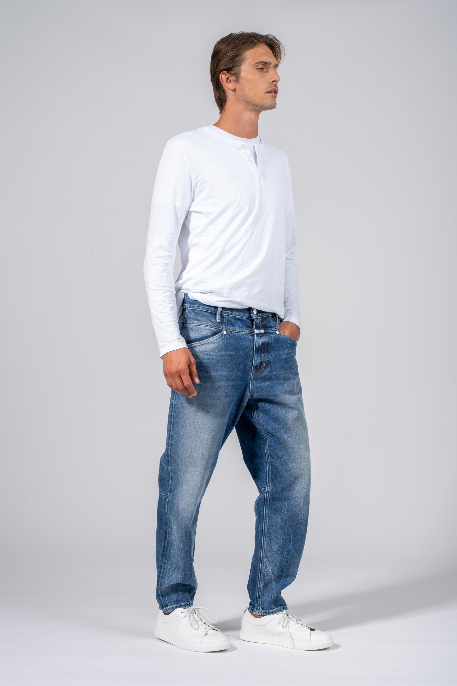 denim jeans x lent tapered mid blue relaxed closed candiani denim store